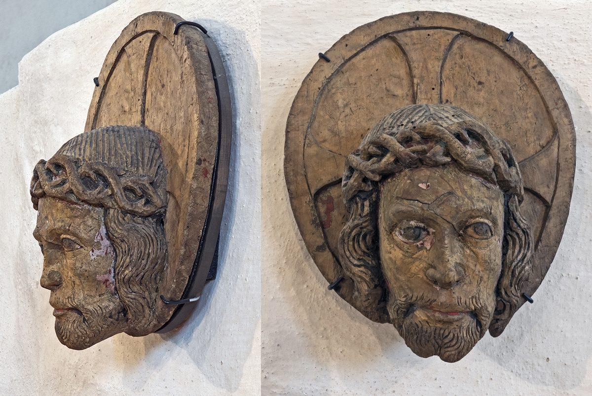 Orjantappuroilla kruunatut Kristuksen kasvot Naantalin kirkon puuveistoksessa. Kuva: Markku Immonen.